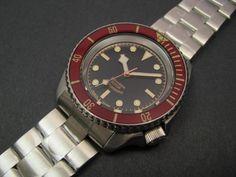Seiko Black Bay tribute by Yobokies Seiko Skx007 Mod, Seiko Mod, Cool Watches, Watches For Men, Wrist Watches, Watches Photography, Iwc, Seiko Watches, Black Boys