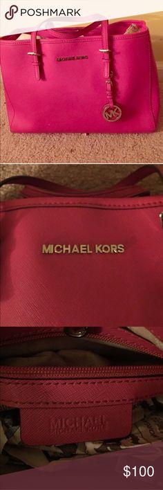 Michael Kors Medium hot pink handbag. Michael Kors Medium hot pink handbag. Used once after purchase. Michael Kors Bags Shoulder Bags