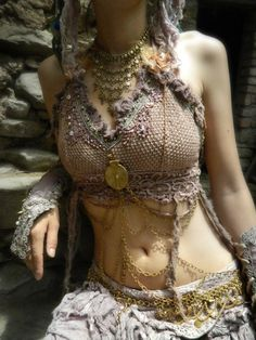 Gypsy Fashion~ I wore something like this when I took belly-dancing lessons, and I have to say it was a whole lotta fun.