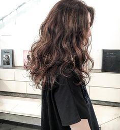 Permed Hairstyles, Pretty Hairstyles, Wavy Hair Perm, Medium Hair Styles, Curly Hair Styles, Brunette Hair, Hair Day, Dark Hair, Hair Looks