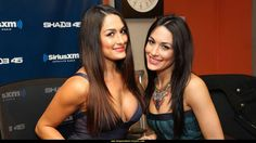 Celebs 10 Things you didn't know about the Bella Twins The Bella Twins, Nikki And Brie Bella, Wwe Wrestlers, Wwe Superstars, Most Beautiful Women, Bellisima, Selena Gomez, Fashion Beauty, Celebrity Style