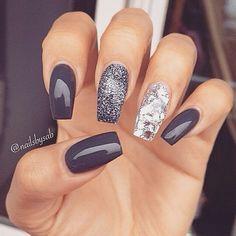 #nagellack #gelnägel #nageldesign #nägeldesign #Nail art #prettynails #Nail inspiration #nails #nailart #nailpolish #naildesign #nails2inspire #nailsart #nägel #fingernails #nagellack #shellacnails #gelnails #weddingnails #glitzernägel #glitter #glamour #cute #diy #unique #acryl #gel #simple