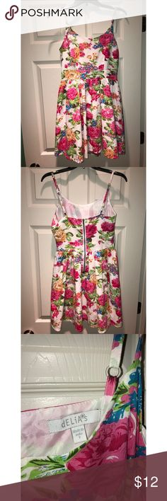 Delia's Floral Skater Dress Floral skater dress, very good condition, only wore once Dresses