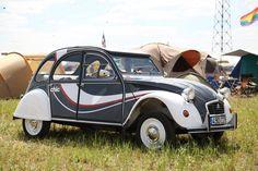 2cv6, First Car, Camper Van, Le Mans, Cool Cars, Muse, Antique Cars, Retro, Citroen 3cv
