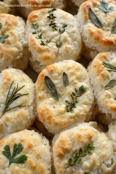 Dress up your bread basket with herb-laminated biscuits. From frozen to fancy in 30 minutes! I saw this idea for beautiful herb-laminated biscuits to dress up your bread basket in the September iss… Sage Recipes, Herb Recipes, Cooking Recipes, Healthy Recipes, Pumpkin Recipes, Bread Recipes, Dinner Recipes, Frozen Biscuits, Homemade Biscuits