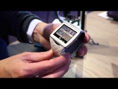 Qualcomm Toq smart watch demo @ MWC 2014 - YouTube