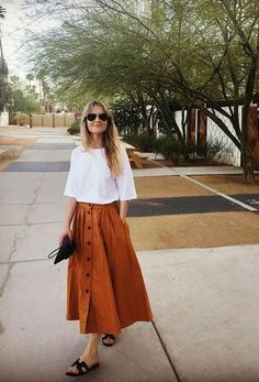 59 Minimalist Outfit to Inspire your Own Sleek Look - Mode Frauen Mode Outfits, Chic Outfits, Summer Outfits, Fashion Outfits, Womens Fashion, Fashion Fashion, Fashion Skirts, Dress Summer, Fashion Clothes