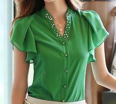 Blusa verde preciosa!