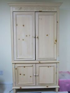 White Wood Pine Cabinet