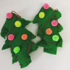 How perfect are these Christmas trees the monkeys made? All we did was; mark up the shape and cut it out stuff the felt off cuts inside the tree and pin it up get the monkeys to sew the outside (or where the needle ends up) decorate with pom poms we used hot glue  add a ribbon or extra cotton to the top for hanging That's it! A perfect monkey made addition to your tree  #anyonecanmakeit #christmascraft #easycraft #toddleractivity #kidscrafts #kidsactivities #montessori #parenting #sahm #wahm…