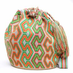 Handmade Hermosa Wayuu bags are rare art. Only small amounts are made because of…