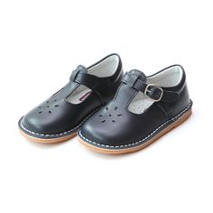 Joy Classic Leather Stitch Down T-Strap Mary Jane Toddler Girl Shoes, Baby Girl Shoes, Kid Shoes, Girl Falling, Childrens Shoes, Mary Jane Shoes, T Strap, Mary Janes, Black Shoes