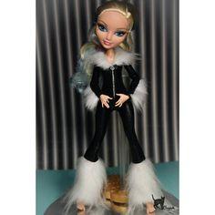 Sew cosplay costume for custom The Black cat )