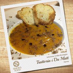 Vellutata di zucca con aceto balsamico tradizionale e tartufo nero