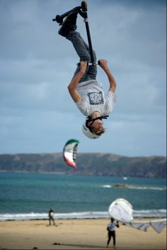 Freestyle Scootering during the Kitesurf French Championship