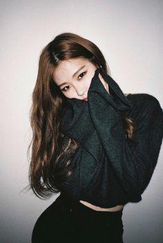 Kim Jennie, Kpop Girl Groups, Kpop Girls, Korean Girl, Asian Girl, Foto Rose, Black Pink ジス, Oppa Gangnam Style, Blackpink Photos