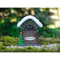 Christmas Fairy Door Handcrafted Fairies Only Sign Miniature Fairy... ($9.95) ❤ liked on Polyvore featuring home, home decor, holiday decorations, dark olive, home & living, outdoor & gardening, outdoor signs, star signs, handmade signs and outdoor holiday decorations