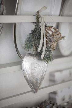 Heart ornament...I'm keeping my eye open for some of these for next year.