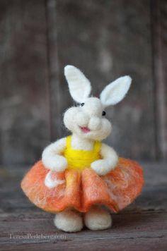 Needle Felted wool Bunny Rabbit - miniature needle felted animals - Bear Creek…