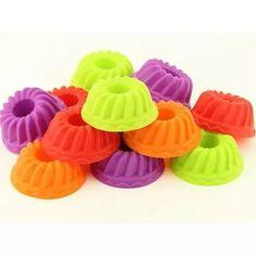 http://produto.mercadolivre.com.br/MLB-699048161-kit-c12-formas-silicone-mini-bolos-cupcake-pudim-e-gelatina-_JM