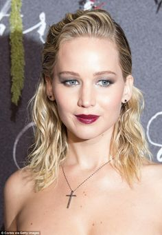 All in the details: Jennifer worked a grey metallic shadow across her lid for the evening