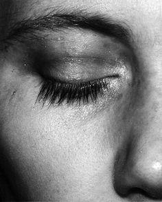 #photography #blackandwhitephotography #portrait #portraitphotography #photographyinspiration Edward Lee, Image Photography, Portrait, Wood Print, Fine Art America, Framed Prints, Draw, Eyes, Headshot Photography