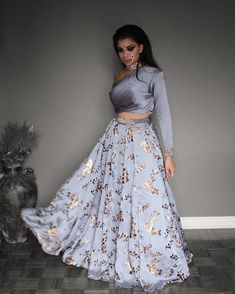 Find trending grey lehenga designs for brides and bridesmaids. Stunning grey and silver-coloured lehenga images for this wedding season must check out. Indian Lehenga, Lehenga Designs, Indian Wedding Outfits, Indian Outfits, Wedding Attire, Indian Attire, Indian Wear, Indian Designer Outfits, Designer Dresses