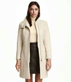 H&M gotta love it - Woollen vinter coat with figure cut ❄ Now in my wardrobe!