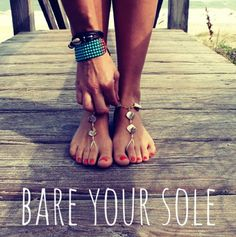 Bare your sole! I love these shell SunSandals. #barefootsandals #sunsandals