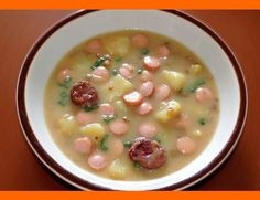 Šošovicová polievka Cooking Recipes, Healthy Recipes, Food 52, Other Recipes, Soups And Stews, Cheeseburger Chowder, Ham, Healthy Lifestyle, Food And Drink