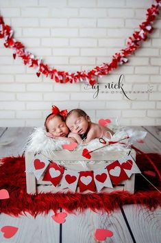 Surprise your family with an adorable Valentine's Day photo shoot of your newborn babies. day photoshoot twins 16 Sweet Photos of Valentine's Day Newborns That Will Fill Your Heart With Joy day photoshoot baby boys day photoshoot newborn Valentine Mini Session, Valentine Picture, Valentines Day Baby, Valentines Day Pictures, Valentine Nails, Valentine Ideas, Valentines Surprise, Valentine Special, Newborn Pictures