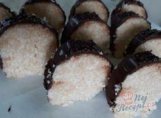 Nejlepší recepty na nepečené cukroví – varianty a různé druhy | NejRecept.cz Nutella, Cheesecake, Muffin, Breakfast, Food, Amigurumi, Morning Coffee, Muffins, Meal