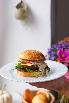 Salmon Burgers, Hamburger, Eat, Cooking, Ethnic Recipes, Food, Dinners, Box Lunches, Kitchen