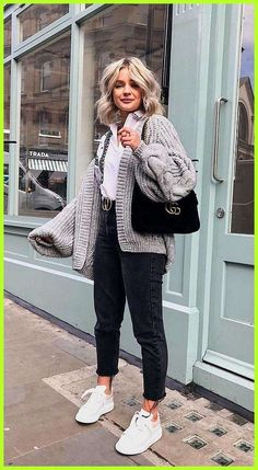 cute winter outfits long sweaters for women - winteroutfits Cute Winter Outfits, Winter Fashion Outfits, Look Fashion, Spring Outfits, Fashion Models, Womens Fashion, Casual Winter, Fashion Dresses, Winter Clothes