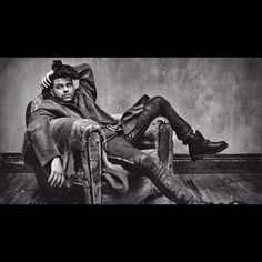 by Mark Seliger for ROLLING FUCKIN STONE ||||||| styled by @billywalsh and Fatima B by abelxo