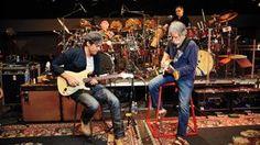 John Mayer, Dead & Company Rekindle Grateful Dead Flame at Tight MSG Show  Read more: http://www.rollingstone.com/music/news/john-mayer-dead-company-rekindle-grateful-dead-flame-at-tight-msg-show-20151101#ixzz3qSmUvwRU  Follow us: @rollingstone on Twitter | RollingStone on Facebook