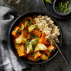 Coconut-Curry Cod Stew with Sweet Potato & Rice This hearty coconut curry is warm and comforting, thanks to tender sweet potatoes and a hint of spice. This easy curry recipe can be on the table in less than an hour. Curry Recipes, Seafood Recipes, Dinner Recipes, Fish Recipes, Soup Recipes, Dinner Ideas, Vegetarian Recipes, Diabetic Living Magazine