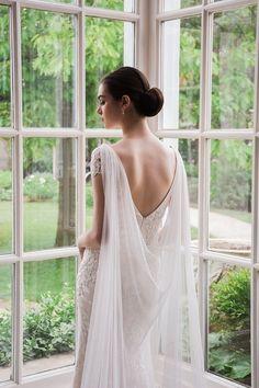 New Wedding Winter Cape Veils Ideas Wedding Looks, Bridal Looks, Bridal Style, Dream Wedding, Trendy Wedding, Wedding Dress Trends, Wedding Dresses, Wedding Dress Cape, Shoulder Cape