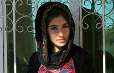 VISÃO NEWS GOSPEL: Mulher saudita coloca em risco a própria vida por amor a Cristo