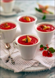Beetroot Cream Soup with Caramelized Garlic / 150 g grated roasted (boiled) beetroot 150 g potatoes ½ tsp chopped rosemary (to taste) ½ tsp chopped fresh thyme (to taste) 500-550 ml water (chicken broth or vegetable stock) 150 g fresh goat cheese (Chavroux) or cream cheese 50 g Crème Fraîche (sour cream) Pinch of cayenne pepper Salt, ground black pepper 12 medium sized cloves garlic 3 tbsp butter 1 tbsp honey