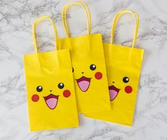 Pikachu Party bags and a free template For the big boys birthday he wanted a Pokémon theme. I tried not to get overwhelmed (which I often do!!) because I was really limited in time. I bought these