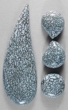 Dinosaur: Offered here is a matching foursome of cabochons cut from fossilized dinosaur bone, found in Utah. Minerals And Gemstones, Crystals Minerals, Rocks And Minerals, Dinosaur Bones, Beautiful Rocks, Rocks And Gems, Dinosaurs, Jasper, Agate