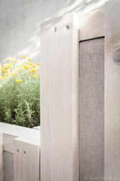 Pallet garden, handmade with white pallets. https://www.facebook.com/studio.exTerra