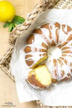 Best Comfort Foods Super easy and quick Food & Drink Healthy Snacks Nutrition Cocktail Recipes Super easy and quick this Lemon 7 Up Bundt Cake Recipe is the perfect light dessert anytime for any occasion! Includes a delicious and fresh glaze. Easy Easter Desserts, Sweet Desserts, Sweet Recipes, Delicious Desserts, Yummy Food, Lemon Dessert Recipes, Baking Recipes, Cake Recipes, Lemon Recipes
