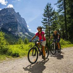 Best Cycling Travel Destinations - Discover the World on your Bike