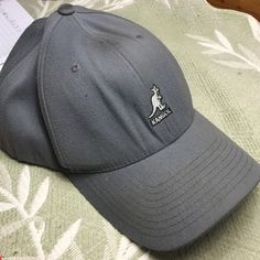 9427f4c8216 Kangol Gray Kangol (NWOT) Accessories Hats Great Father s Day Gifts