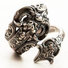 Vintage Spoon Ring, Grande Baroque Pattern by Wallace Sterling Silver Spoon Ring, Handmade in YOUR Size (4572)