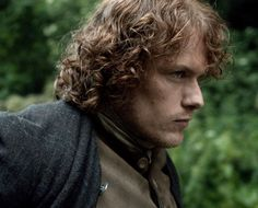 https://www.facebook.com/OutlanderItaly/photos/a.484019781680060.1073741828.480471528701552/829306530484715/?type=1