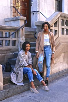 The stylish ladies behind @girlsoffffith are ready for the crisp breeze in these cozy layering pieces. H&M fringed coat, duster sweater, tops, and denim. | H&M OOTD.