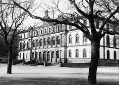 Plaza de Pontevedra. Instituto Guarda 1920